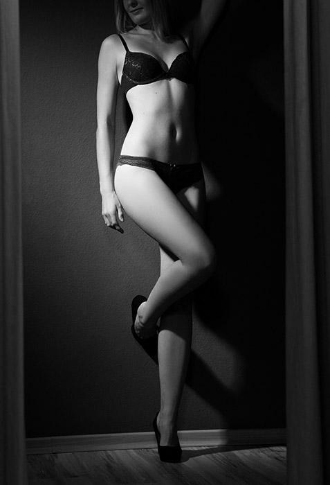 Dessousbild - Frau mit schwarzen Dessous
